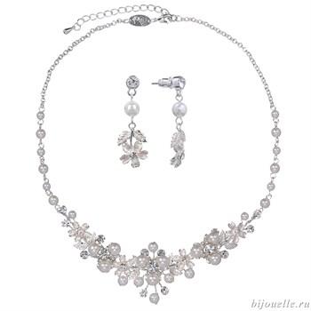 Комплект бижутерии для невесты с кристаллами Сваровски и жемчугом - фото 5010