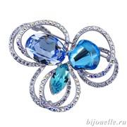 """Брошь ручной работы """"Лазурный цветок"""" с кристаллами Swarovski, цвет голубой, микс, покрытие: родий"""