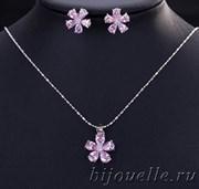 """Набор кулон на цепочке 43 см и пусеты """"Розовый цветок"""" с розовым камнем кубического циркония (1,4*1,4 см), покрытие серебро"""